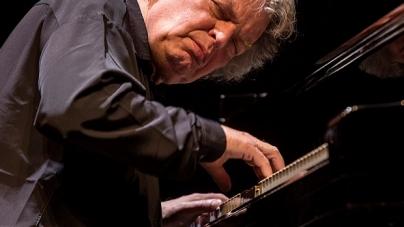 JAZZ.HR/PROLJEĆE Festival otvara sjajan pijanist i jedan od najvećih europskih jazz glazbenika svih vremena