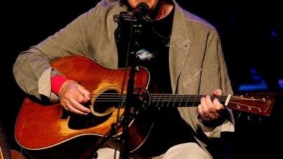 "Neil Young najavio novi album ""Peace Trail"""