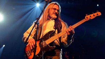 Autobiografija basista Azre otkriva nepoznate detalje o slavnom bendu