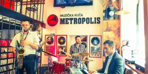 "Milan Petrović Quartet objavio spot za pesmu ""22.07.2014. (Morning Ring)"""