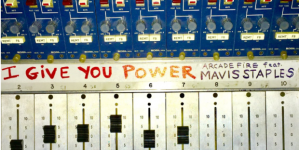 "Arcade Fire objavili novi singl ""I Give You Power"""