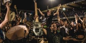 Bend s tisuću članova rasturio Nirvanin hit