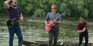 Garage in July predstavili novi singl 'Trijem za ples'