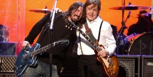Paul McCartney sredio Daveu Grohlu operaciju noge