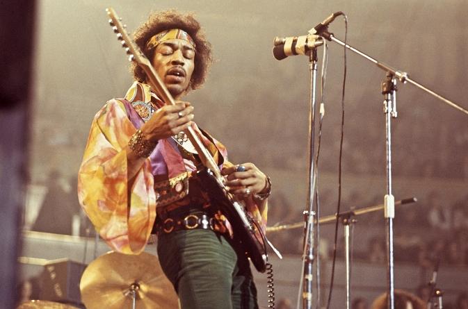 Na današnji dan rođen je legendardni Jimi Hendrix