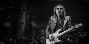Preminuo američki pjevač, kantautor i gitaristTom Petty