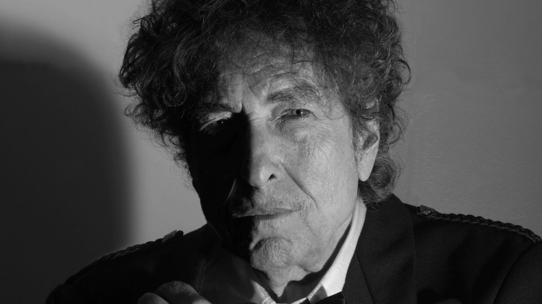 Bob Dylan otkrio neke od najvećih misterija o karijeri, a progovorio je i o burnoj prošlosti i otrežnjenju