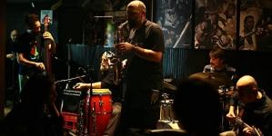 Veliki klupski koncert benda Fish in Oil u Akademiji 28
