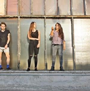 Tús Nua koncertno predstavljaju album prvijenac 14. prosinca u Tvornici kulture