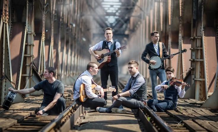"Irish Stew of Sindidun objavio spot za pesmu ""Stranger"""
