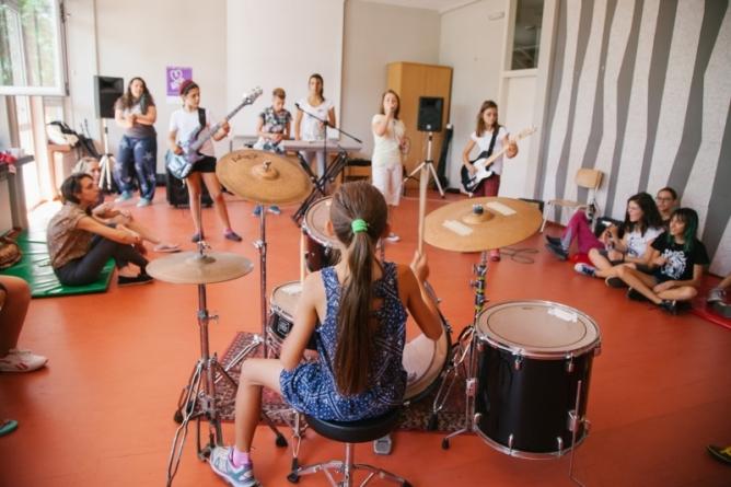 Otvoren konkurs za drugu generaciju Rok kampa za devojčice