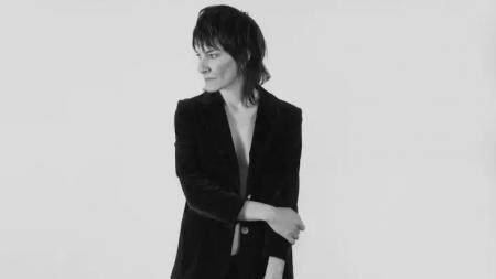 Jen Cloher announces solo tour + acoustic EP