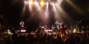 Punk Rock Holiday – Dan peti