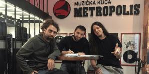 Besne Gliste – Novo ime na etiketi Metropolis Music