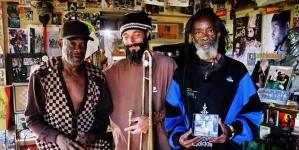Po povratku sa Jamajke Hornsman Coyote u Božidarcu obeležava Marlijev rodjendan