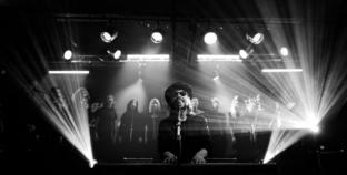 J.R. August 15.10. u Lisinskom u pratnji orkestra i zbora