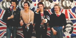 Danny Boyle sprema seriju o Sex Pistolsima