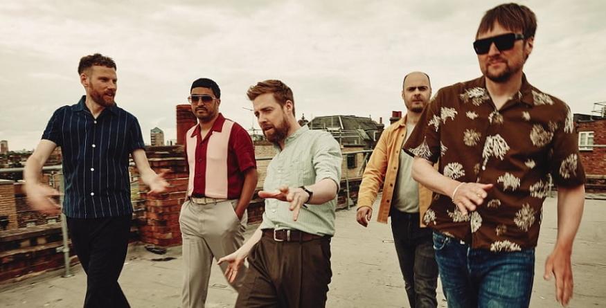 """Kaiser Chiefs predstavili novi studijski album """"Duck"""""""