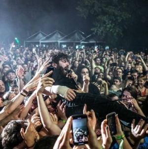 Foals, The Hives, Johnny Marr, Skindred i drugi energičnim koncertima otvorili INmusic festival #14