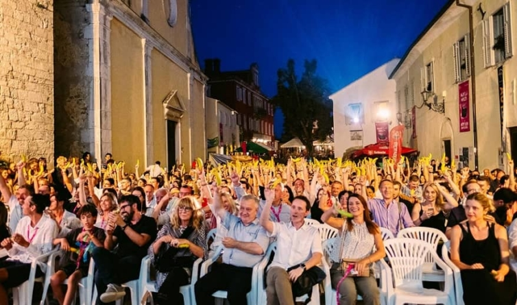 Uz zdravicu bananama otvoren 22. Motovun Film Festival