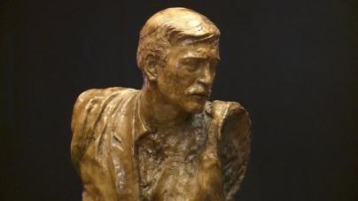 Otkrivena skulptura u čast frontmena 'Indexa' Davorina Popovića