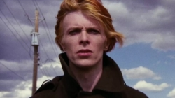 "Film ""The Man Who Fell To Earth"" u kojem je glumio David Bowie postaje TV serija"