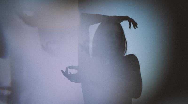 """Stephany Stefan predstavila spot za pjesmu """"Electricity"""""""
