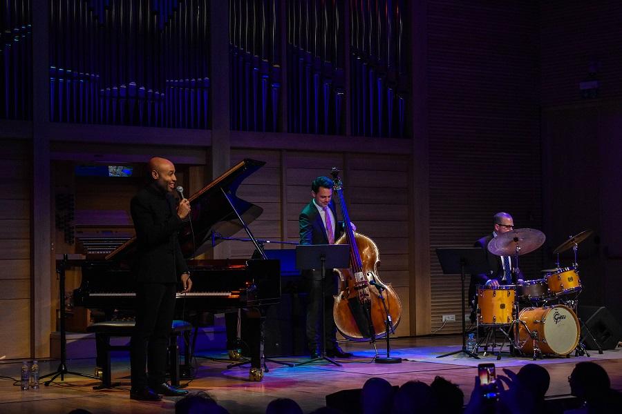Aaron Diehl Trio-1