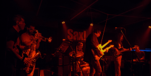 Izvještaj | Rambo Amadeus u rasprodanom Sax-u!