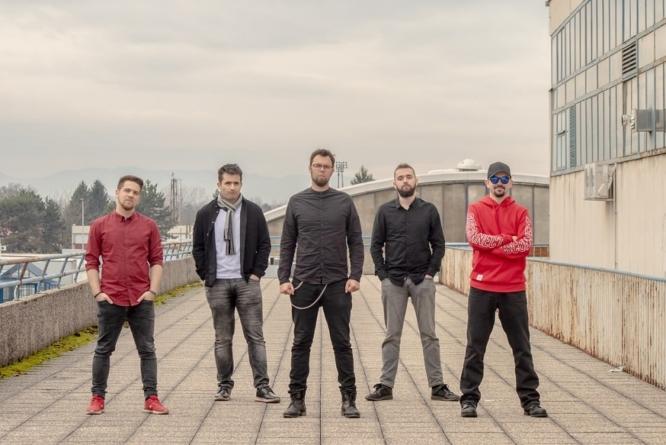 "Detmeć objavili dva live video spota s koncertne promocije albuma ""Na rubu"""