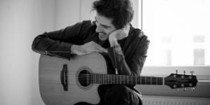 Seed Holden singlom 'Henry Street' najavio novi album
