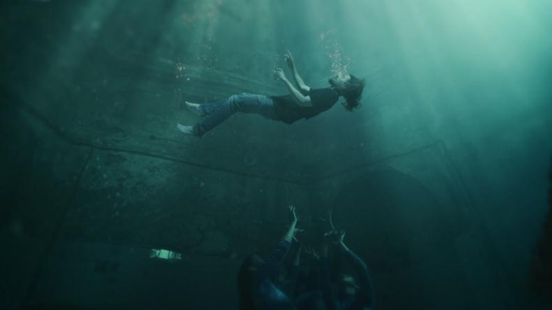 """J.R. August objavio spot za pjesmu """"Dangerous Waters"""""""
