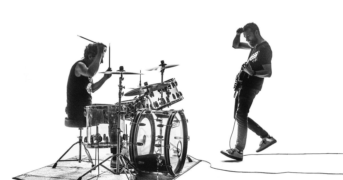 "Mechanical predstavio prvi singl i videospot ""Fluorescent Black"""