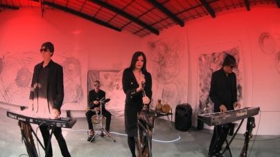 "Sana Garić video singlom ""Sobe"" najavljuje novi album ""Naočare za srce"""