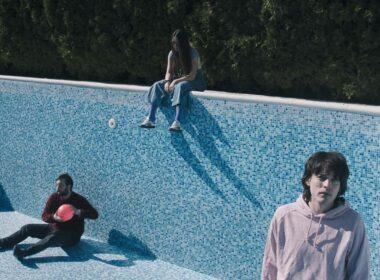 Vizelj predstavio novi singl i spot 'Mislim da sam plav'