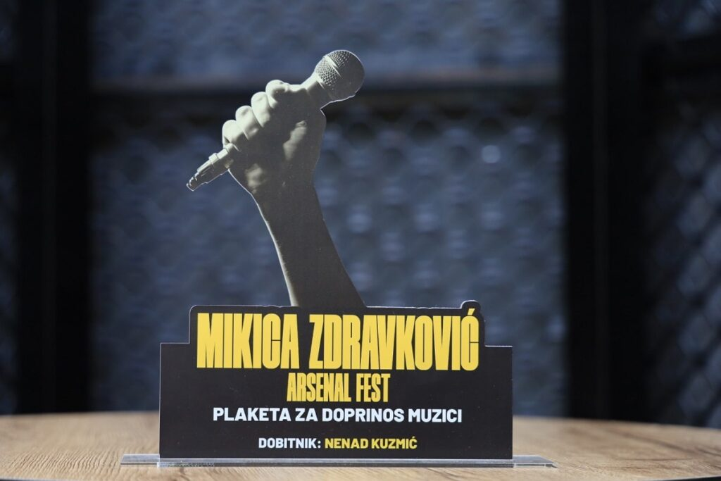 Plaketa Mikica Zdravković • ph Laki Lazarević
