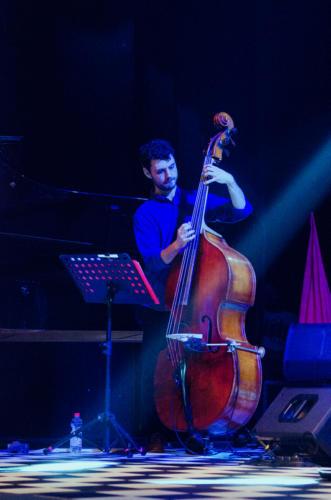Gilad Hekselman Trio 10