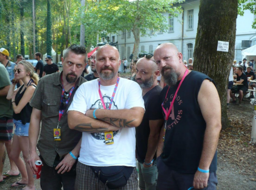 Punk Rock Holiday11